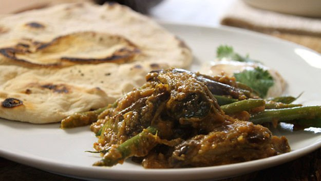 Aubergine and Green Beans Curry
