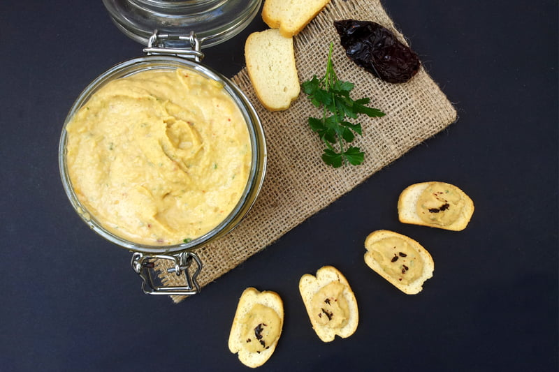 Smoky Chipotle Cannellini Bean Dip [vegan] by The Flexitarian