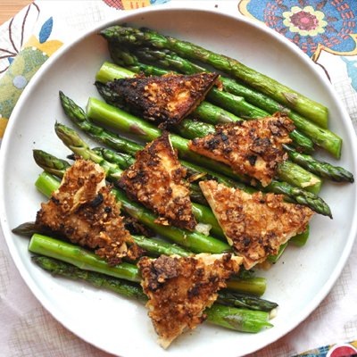 Kettle Chip Crusted Buttermilk Tofu With Garlic Asparagus by The Tolerant Vegan
