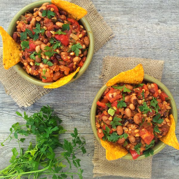 Smoky Chipotle Chili [vegan] by The Flexitarian