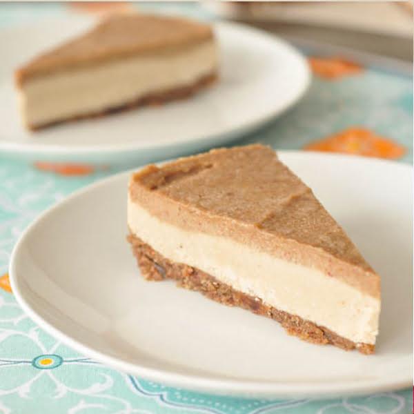 Salted Caramel Cheesecake – Gluten-free, Vegan + Sugar-free by Tasty-Yummies