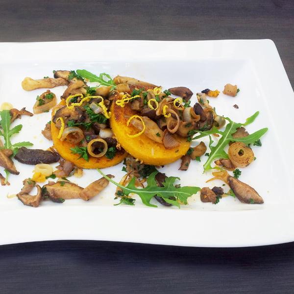 mushrooms on butternut polenta galettes 600