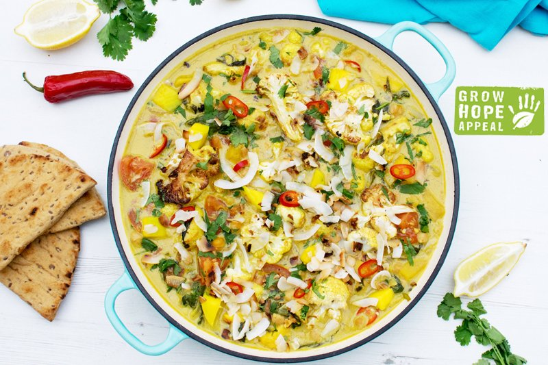 Cauliflower Mango and Spinach Coconut Curry [vegan] [gluten free] by The Flexitarian
