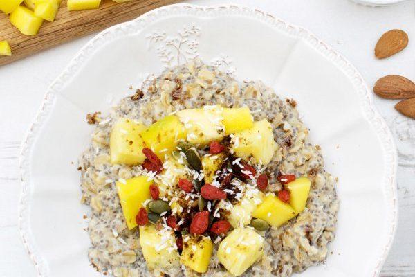 Pineapple & Mango Ginger Porridge [vegan] [gluten free] by the Flexitarian