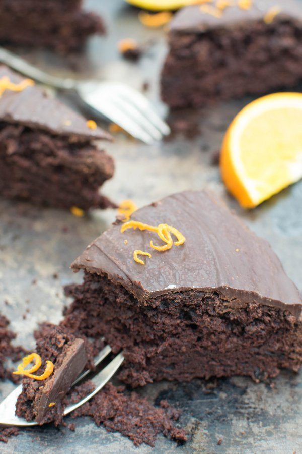 Orange & Beetroot Chocolate Cake [vegan] by The Flexitarian v800