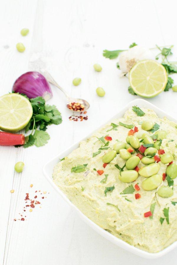 Spicy Edamame & Lemongrass Hummus [vegan] [gluten free] by The Flexitarian