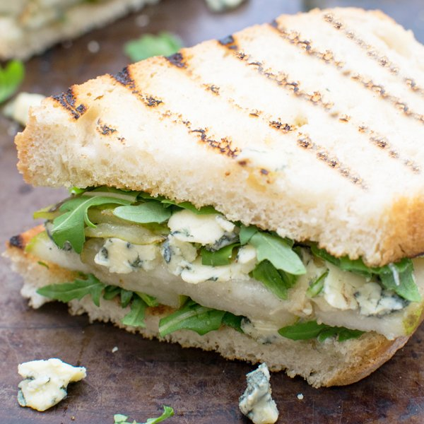 Pear, Stilton & Rocket Sandwich [vegetarian] by The Flexitarian