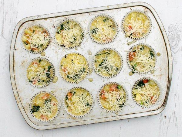 cheesy-kale-mini-breakfast-frittatas-step-2
