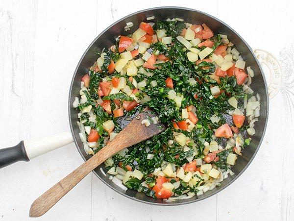 cheesy-kale-mini-breakfast-frittatas-step-1