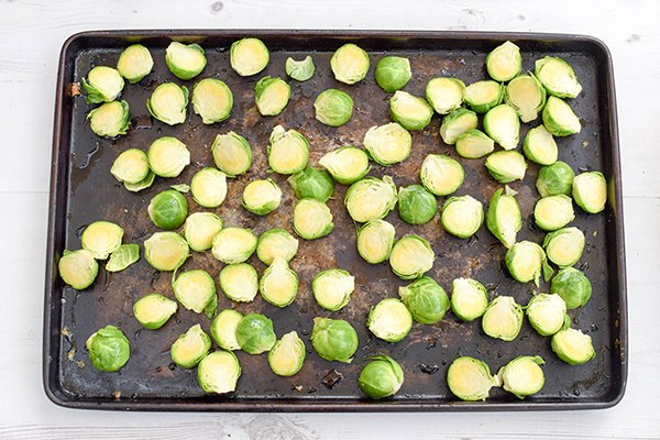 asian-roasted-brussels-sprouts-with-cashews-vegan-gluten-free-step-1