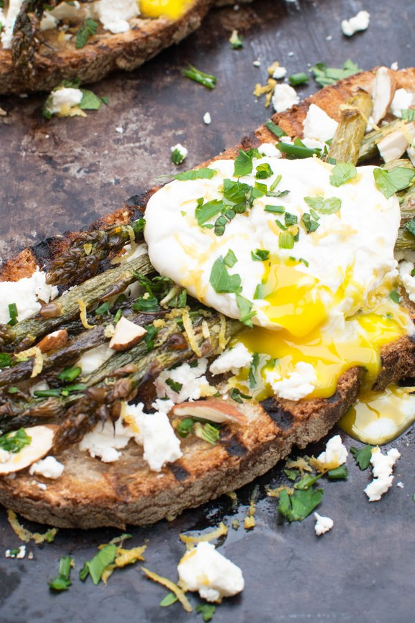 Asparagus, Feta & Poached Egg Toast [vegetarian] by The Flexitarian