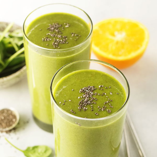 Easy Gorilla Green Smoothie [vegan] by Detoxinista