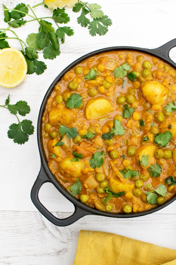 New Potato & Pea Curry with Yellow Split Peas [vegan] -