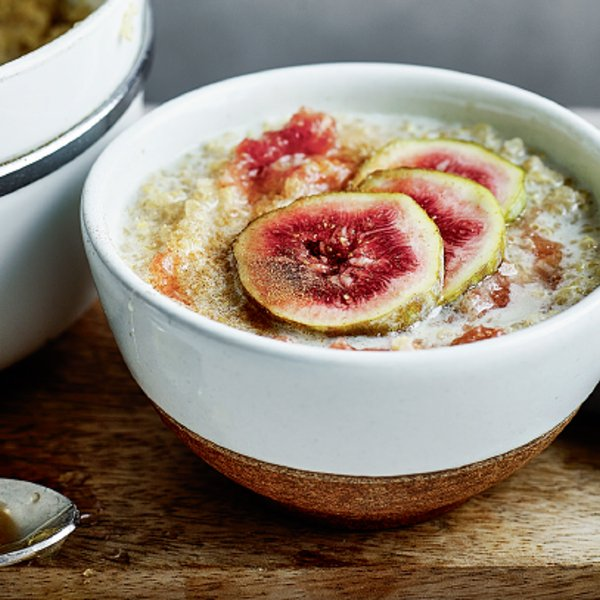 Fig and Cinnamon Quinoa Porridge [vegan] by The Little Green Spoon