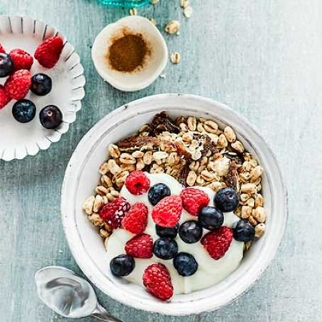 Homemade Muesli with Oats, Dates & Berries [vegetarian] by BBC Good Food