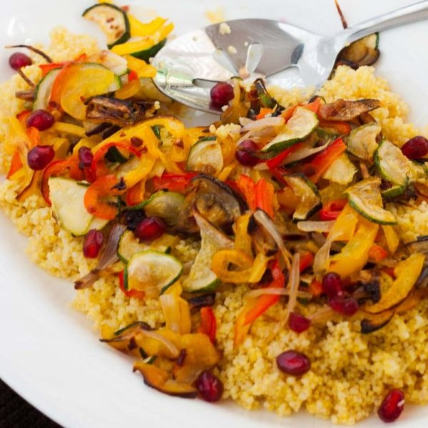 Turmeric Couscous with Grilled Vegetables [vegan] by My Geek Kitchen