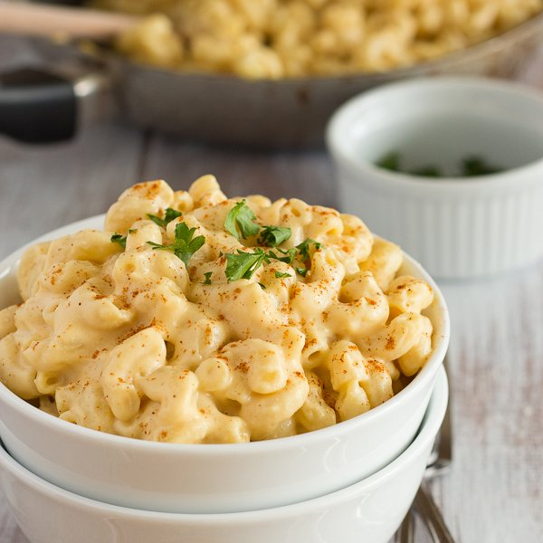 Creamy Vegan Mac and Cheese by vegan Yumminess