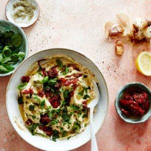 Mediterranean Tomato Hummus [vegan] by Dunja Gulin