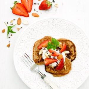 Strawberry Ricotta Pancakes[vegetarian] © Annabelle Randles / The Flexitarian