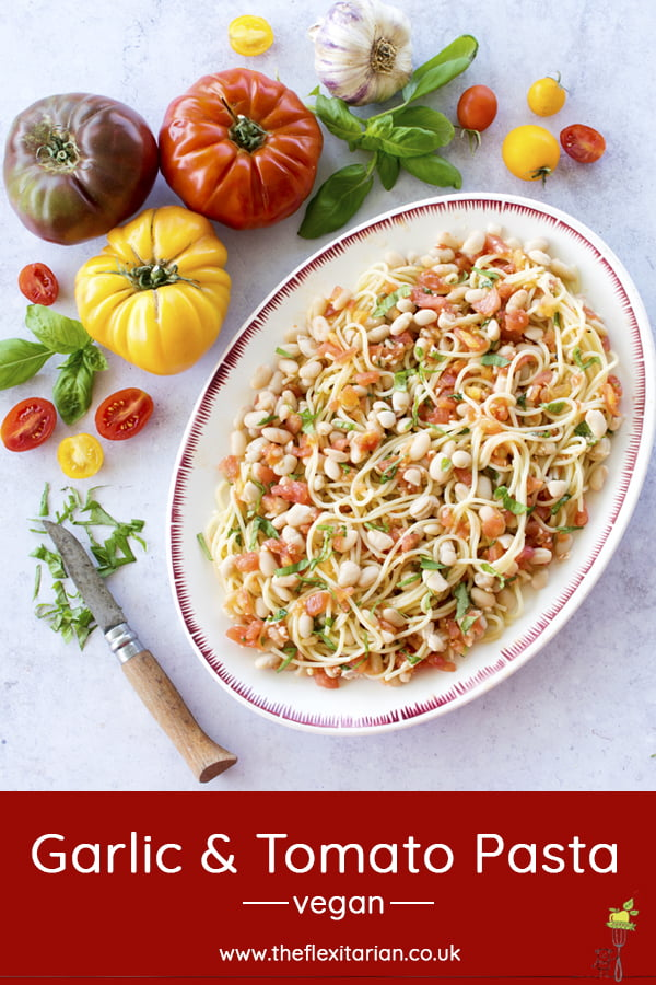 Garlic & Tomato Pasta [vegan] © The Flexitarian - Annabelle Randles