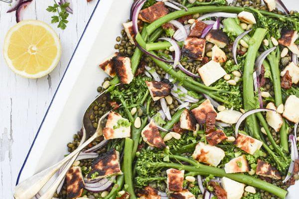 Broccoli, Halloumi & Lentil Salad [vegetarian] © 2019 - Annabelle Randles : The Flexitarian : www.theflexitarian.co.uk