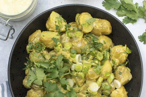 Curried Potato Salad [vegan]